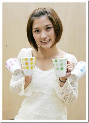 Yoshizawa_Hitomi_Ishikawa_Rika_02
