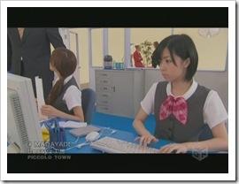 Berryz_Koubou_Madayade_PV_021