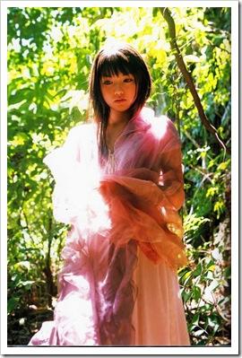 Michishige_Sayumi_Love_Letter_005